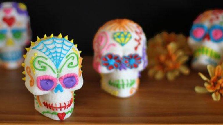 make dia de los muertos sugar skulls in puerto vallarta