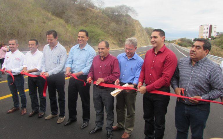 Carretera La Cruz de Huanacaxtle-Punta de Mita