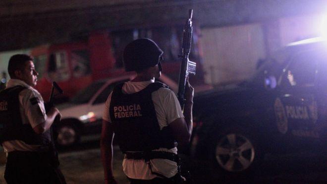 acapulco police attacks
