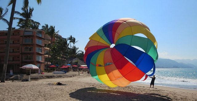 My Marvelous Mexican Midlife Crisis – Why I go to the beach