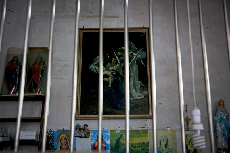 Officials destroying crosses, burning bibles in China