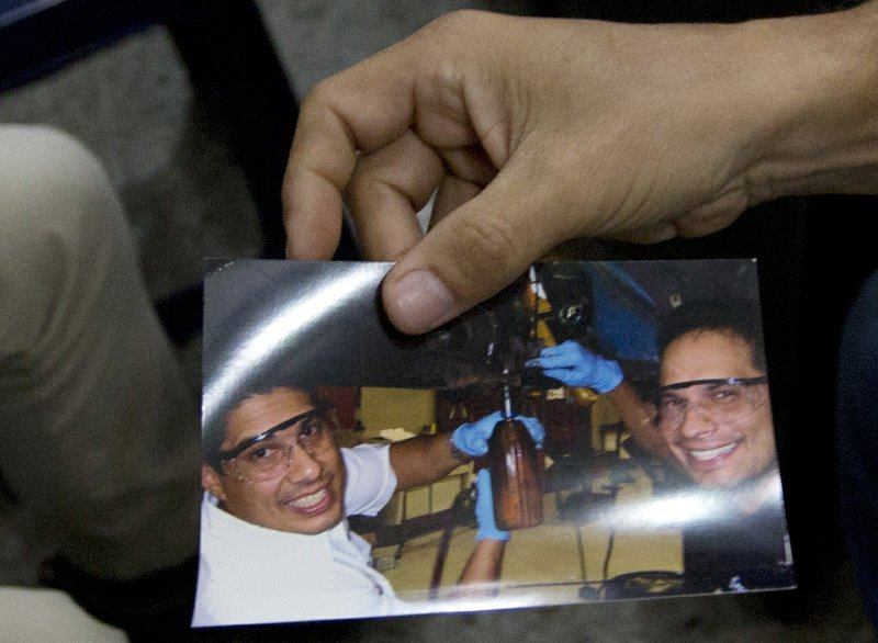 Venezuela merchants face arrest for defying Maduro's reforms