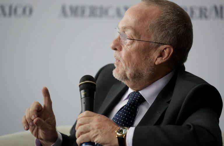 López Obrador to Name Independent Economist to Mexico Central Bank