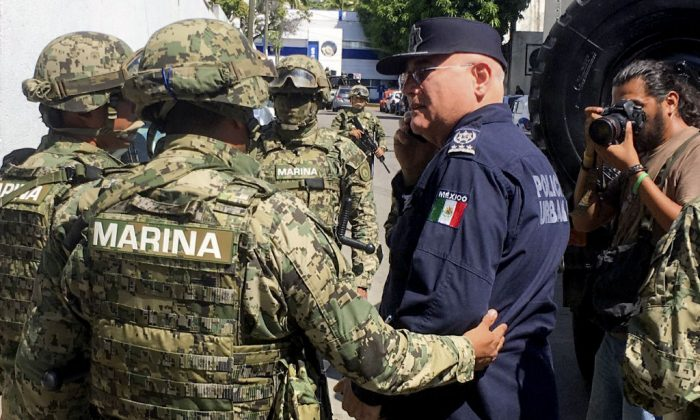Mexican Marines Arrest and Disarm Acapulco Police Over Drug Ties