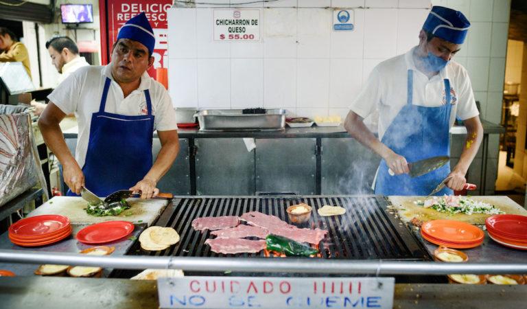 Taquería Los Parados: No Seats Required