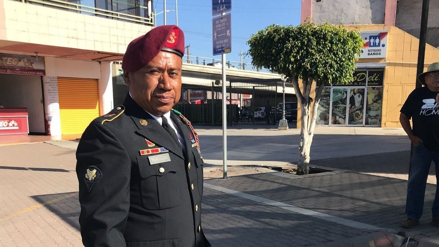 Veteran who was deported to Mexico returns home to the U.S.