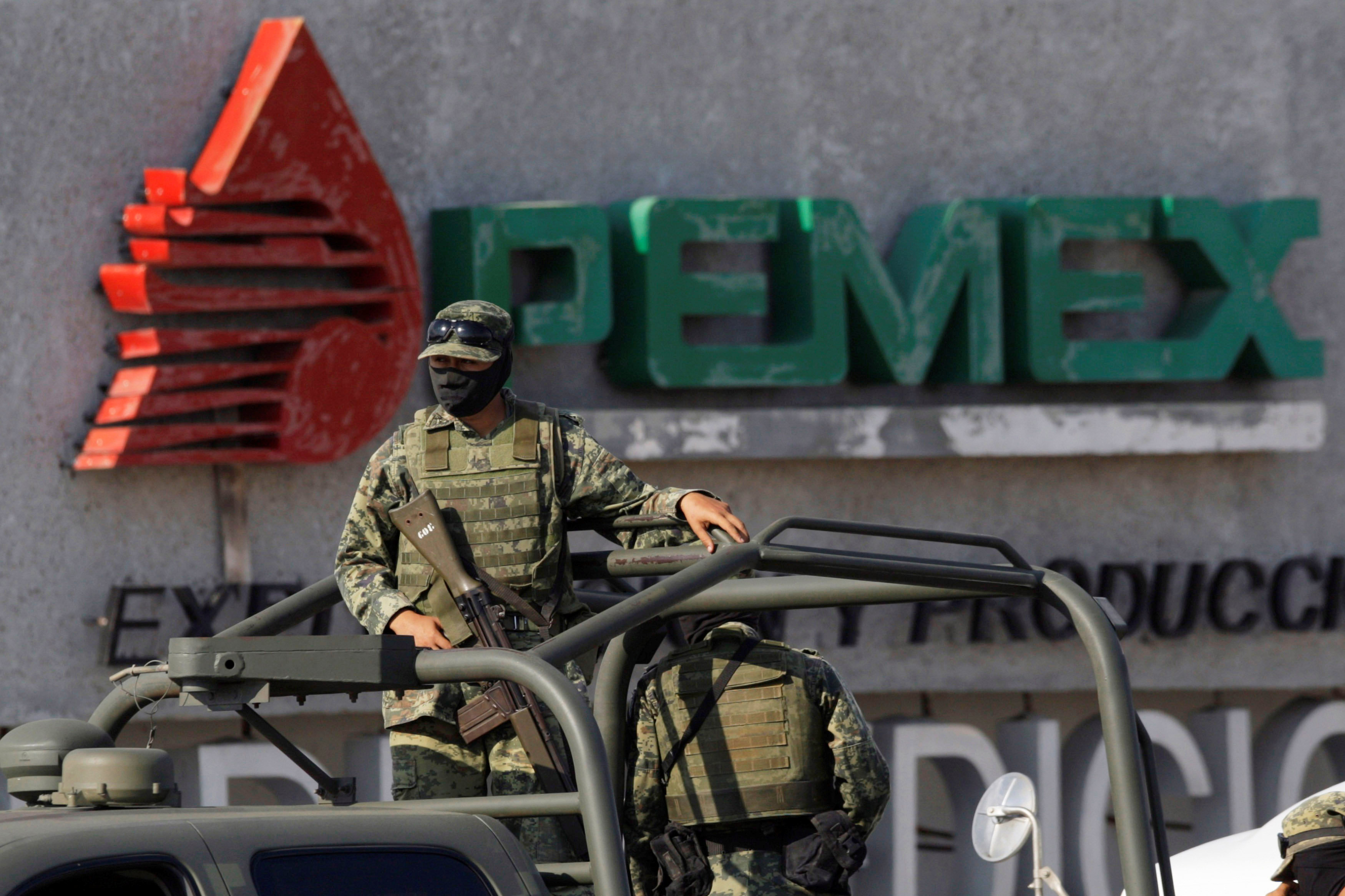 In Mexico's shale patch, cartel violence scares off drillers
