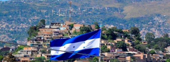 Migrant caravan swells in Honduras as group nears Guatemala