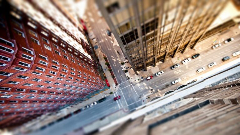 Phone app may help conquer fear of heights