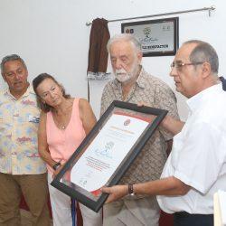 Puerto Vallarta dedicates plaque to the Russell Foundation